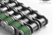 Triple chains with lateral carrier rollers